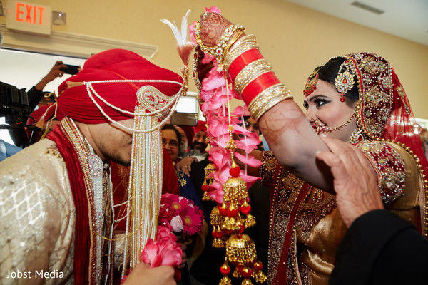 indian bride and groom,mehndi,bridal jewelry
