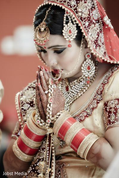 bridal mehndi,bride bangles,bridal tikka
