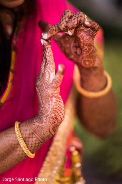 indian bridal mehndi,bride banglesindian bride portrait