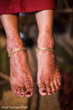 mehndi,bridal jewelry,indian bridal makeup