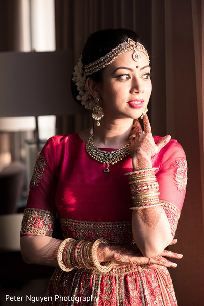 indian bride fashion,indian bride accessories,indian bride hair and makeup