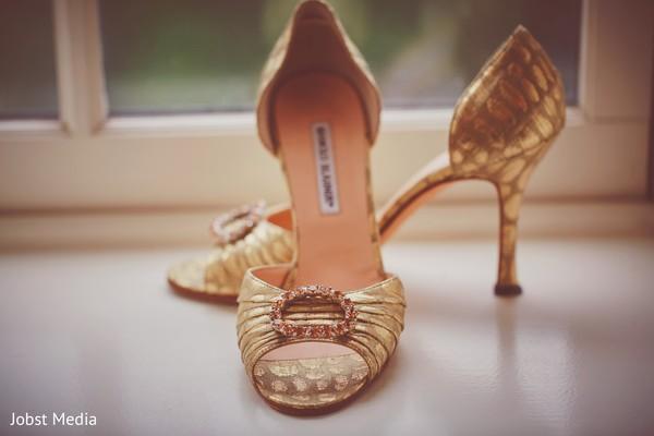 bridal shoes,indian bride shoes