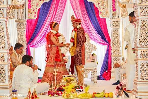 indian wedding ceremony,indian wedding decor,indian bride and groom