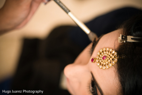 indian bridal makeup,bridal tikka