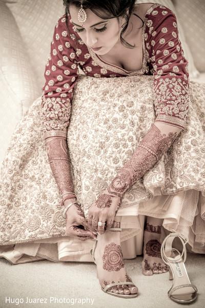 indian bride ceremony fashion,bridal shoes
