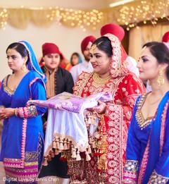 indian bride ceremony fashion,indian bride fashion