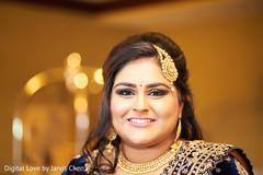 indian bride,bridal jewelry,haar,tikka hindu hair ornament