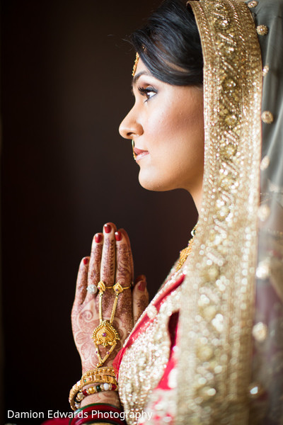 mehndi art,indian bridal makeup,indian bride portrait
