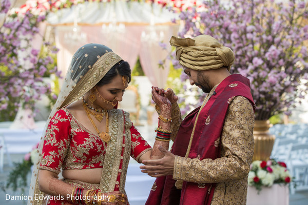 outdoor photography,indian wedding ceremony photography,indian bridal mehndi