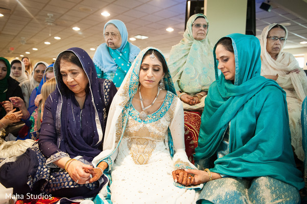 pakistani bride,pre-wedding fashion,pre- wedding traditions