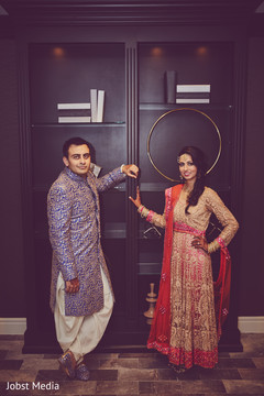 indian bride and groom portrait,pre-wedding ceremony photography,indian groom shoes