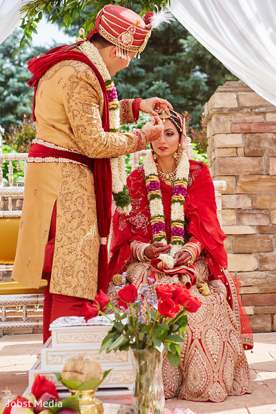 sindhoor wedding ritual,indian bride and groom,indian groom fashion
