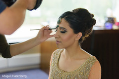 makeup indian bride,tikka,indian wedding sari