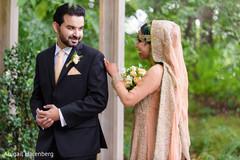 indian wedding first look,indian wedding groom,indian wedding bride