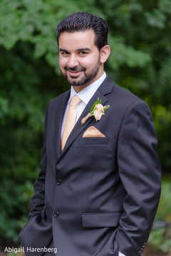 indian groom photography,indian groom suit,indian groom fashion