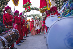 indian wedding ceremony,indian wedding ceremony floral and decor,indian groom outfit,indian bride fashion