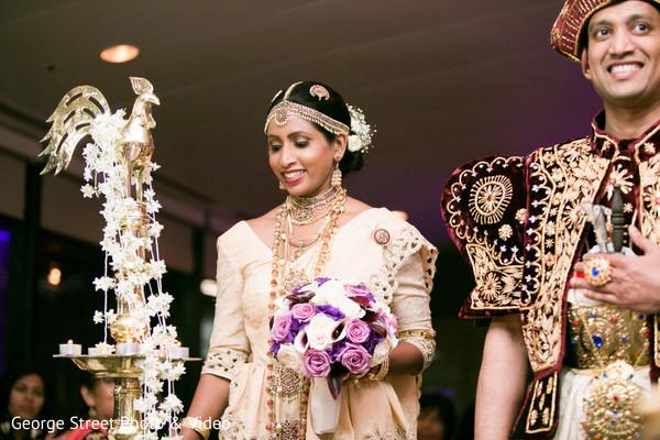 sri lankan wedding reception,sri lankan bride,sri lankan groom