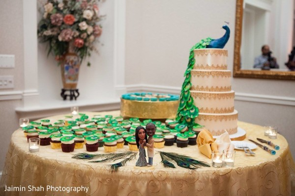 indian wedding reception,indian wedding cake,cakes and treats