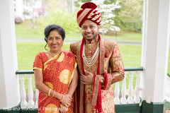 indian groom fashion ideas,indian wedding portrait,indian groom accessories