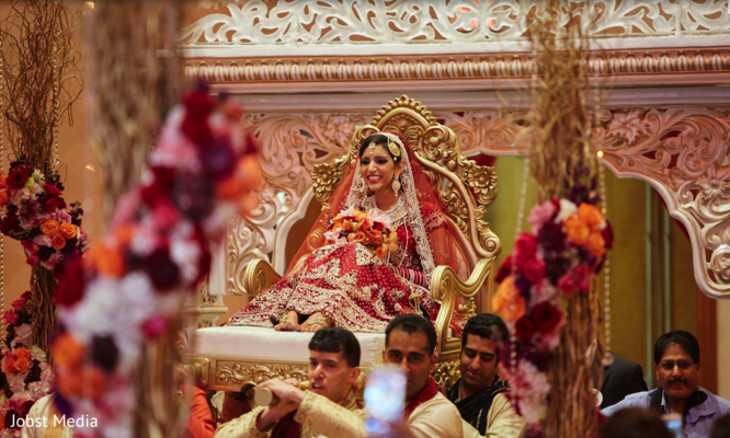 indian bride fashion,indian wedding ceremony