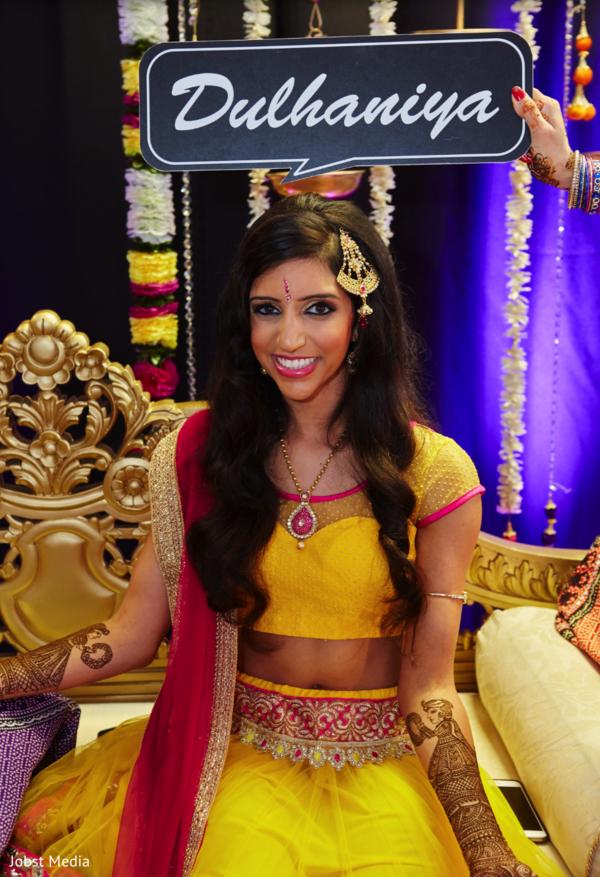 indian bride portrait,indian bride fashion