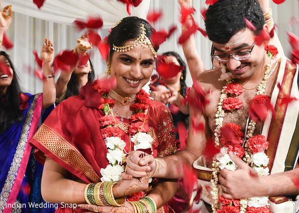 indian wedding ceremony,indian bride accessories,bridal jewelry,bride bangles