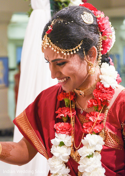 bridal jewelry,indian wedding ceremony