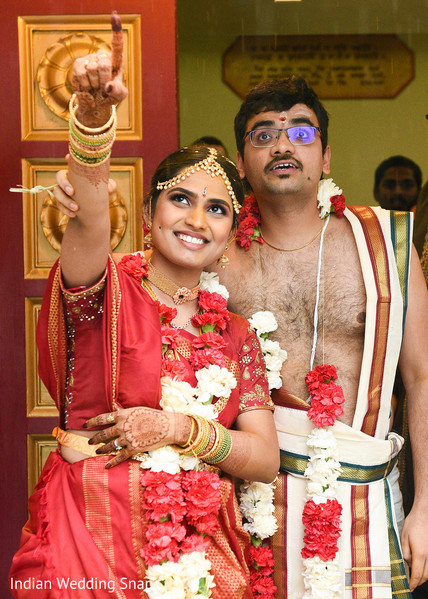 indian bride and groom portrait,indian wedding ceremony