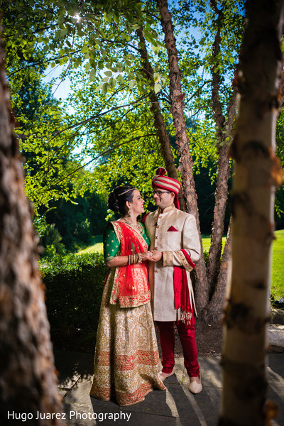 couple wedding portrait,indian couple wedding portrait,outdoor couple wedding portrait,outdoor portrait,outdoor couple portrait,outdoor south asian wedding portrait,bridal portrait