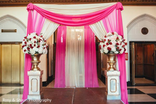 Gorgeous indian wedding entrance