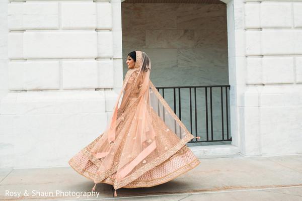 bridal lengha,lengha,golden bridal lengha