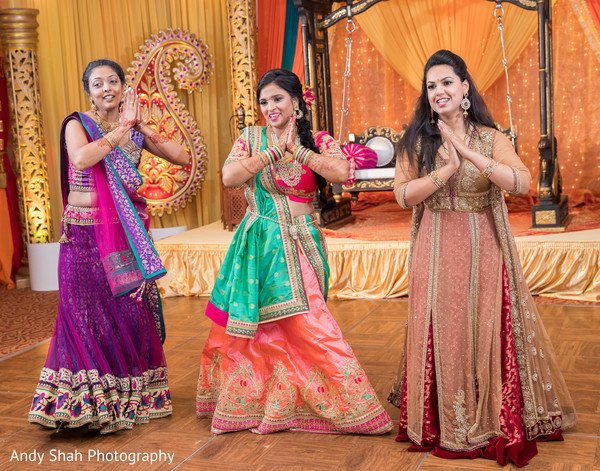 Charming Indian bride choreography.