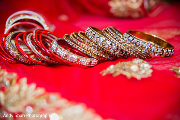 Gorgeous bridal bangles.