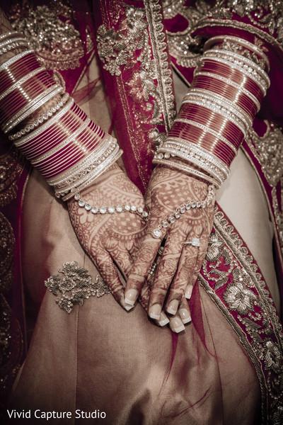 bridal jewelry,bride bangles,haar,bridal mehndi