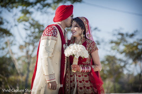 indian groom outfit,indian groom turban,indian bride fashion