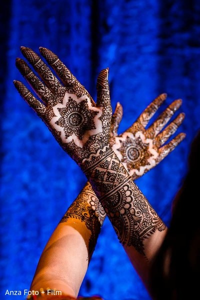 pre-wedding celebrations,indian bride,bridal mehndi