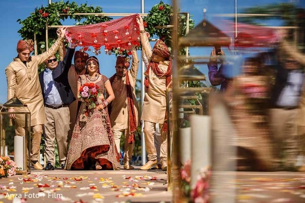 indian wedding ceremony,indian wedding floral and decor,indian bride