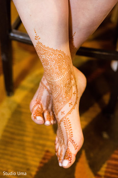Beautiful bridal henna design.