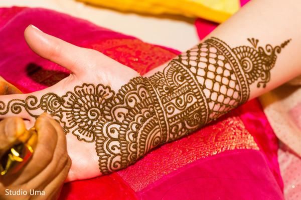 Bridal mehndi design.