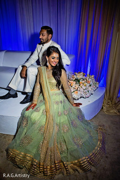 indian wedding reception,indian bride lengha,indian wedding reception floral and decor
