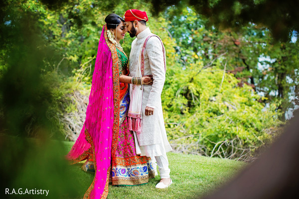 indian bride lengha,indian groom outfit,outdoor photography