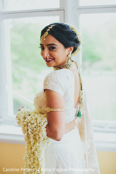 indian bride fashion,bridal jewelry,indian bride portrait