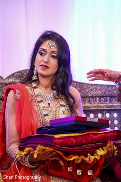 indian wedding reception,indian bride fashion,bridal jewelry,bridal tikka