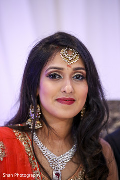 bridal jewelry,bridal tikka,indian bride hair and makeup