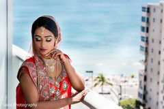 Insanely beautiful indian bride photography.
