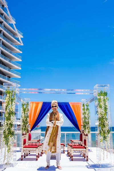 Enchanting indian groom.