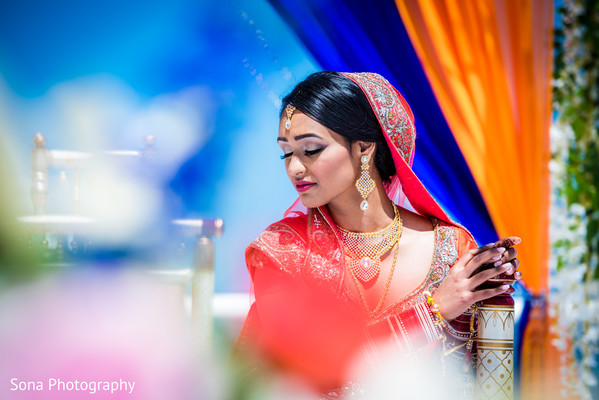 indian wedding photography,indian bride,portrait