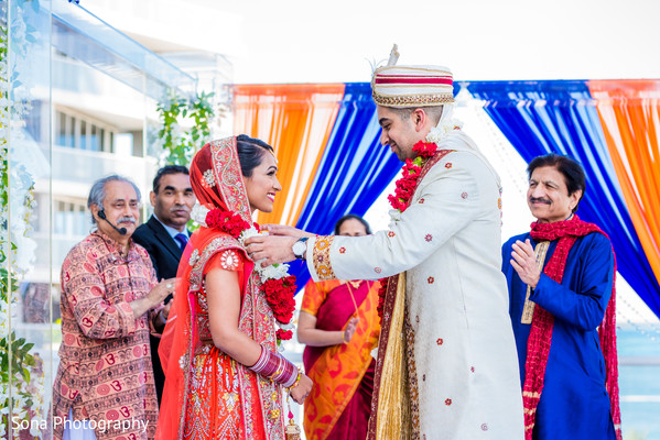 indian wedding ceremony,indian bride,indian groom,jaimala