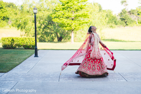 indian bride fashion,indian bride lengha,outdoor photography