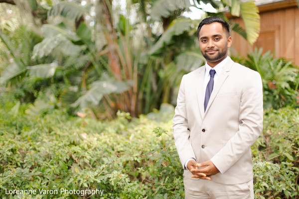 indian groom,suit,indian groom fashion,portrait